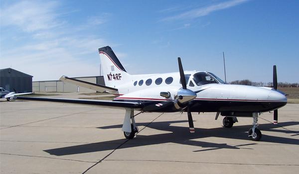 Cessna425-img1